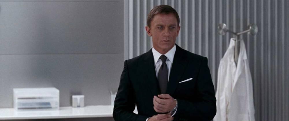 James-Bond-Charcoal-Suit