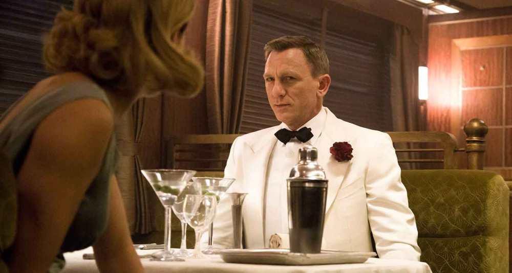 james-bond-spectre-white-dinner-suit.jpg