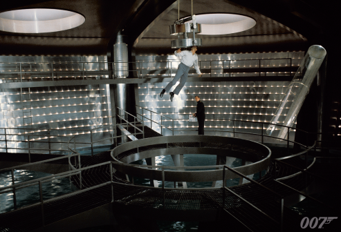 277a_james_bond_archives_xl_00399